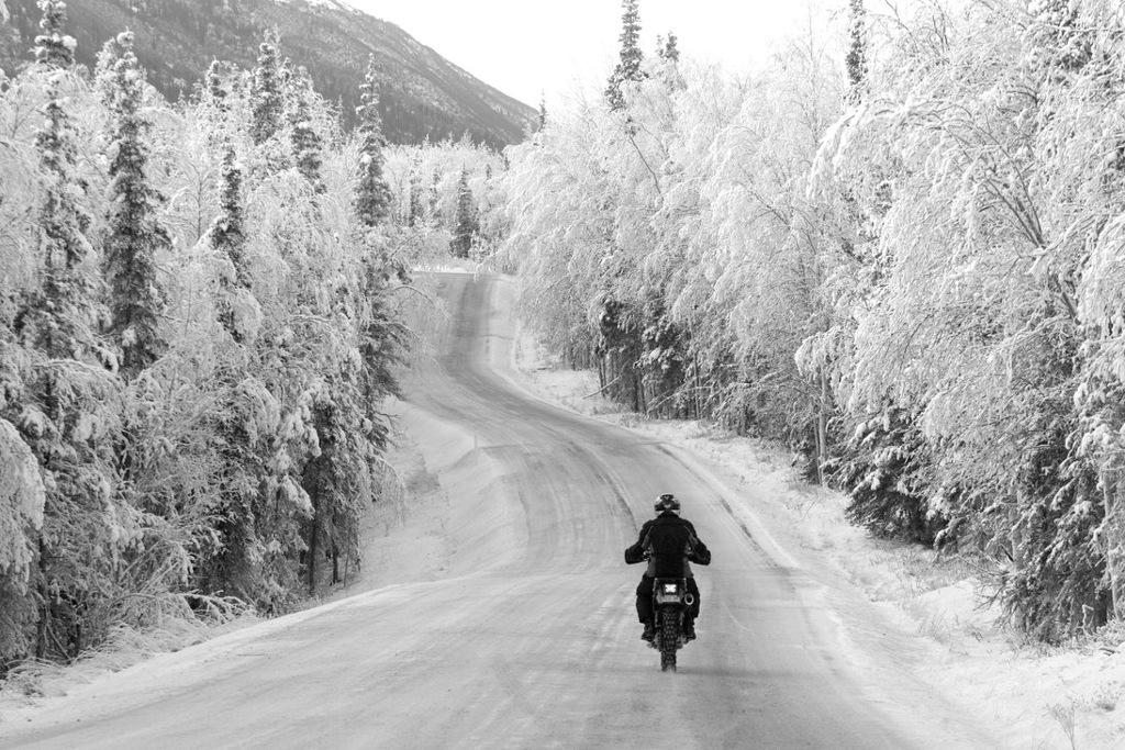 Kışın Motosiklet Kullanmak